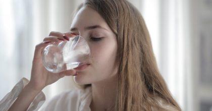 woman-drinking-water-3794165